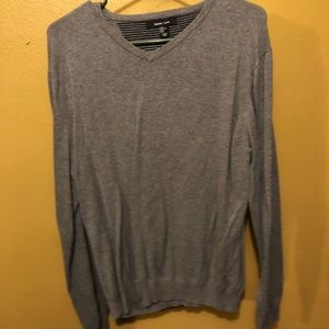 Size XL Mark Law v-neck long sleeve sweater